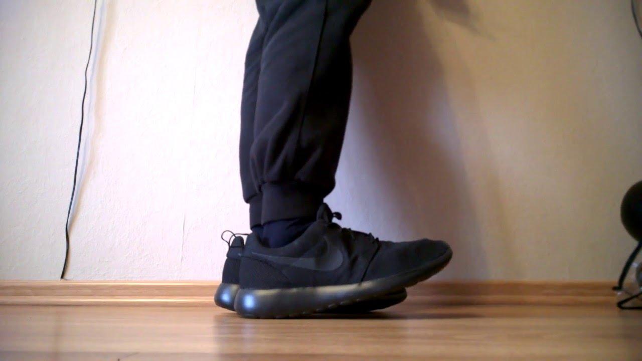 2f3d5c1fb4a Buty shoes Nike Roshe One Run 511881-026 na nogach on feet - YouTube