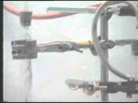 Khí amoniac tác dụng với oxi