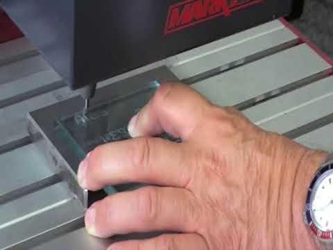 Маркировка стекла ударно точечным аппаратом ADP Automator