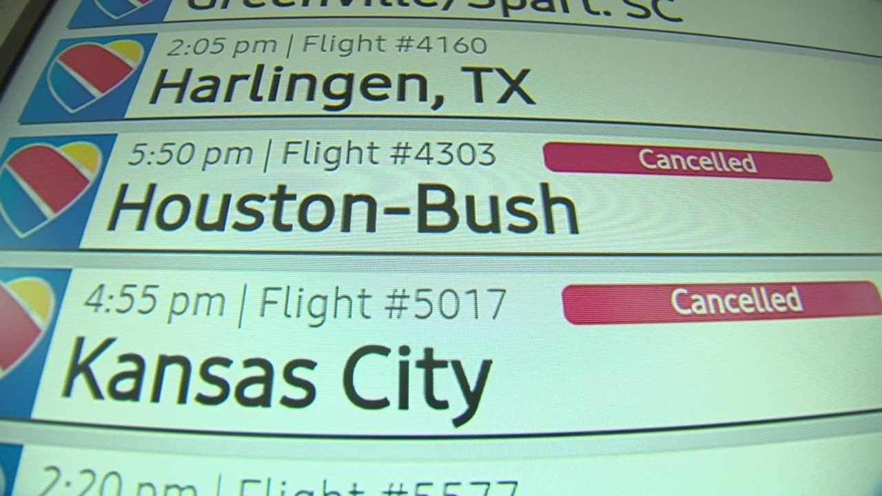 Southwest Airlines 'Resuming Operations' After Second Day of Flight ...