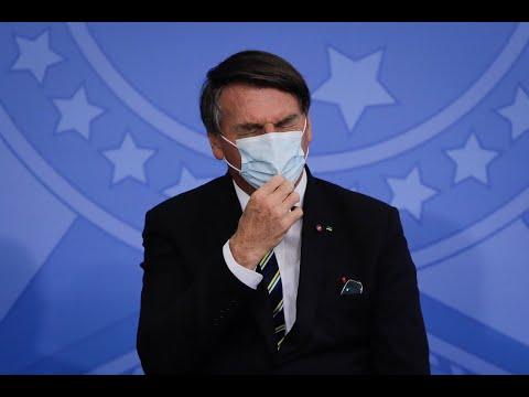 'Vontade de encher sua boca de porrada', diz Bolsonaro a repórter
