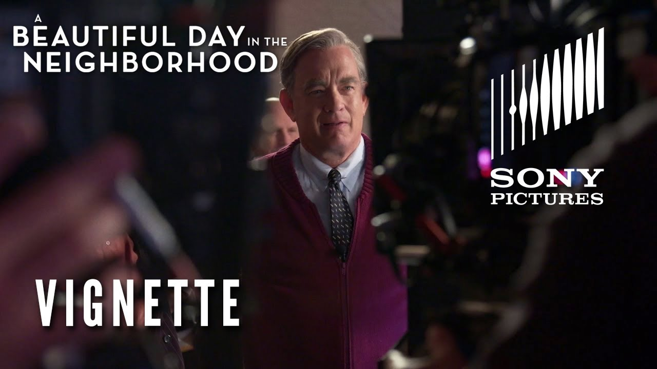 New Behind The Scenes Featurette Shows Tom Hanks Becoming Mr Rogers In A Beautiful Day In The Neighborhood