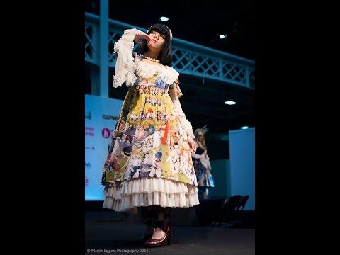 Hyper Japan Fashion Show 2014 Xmass Market -Zoshii EDIT