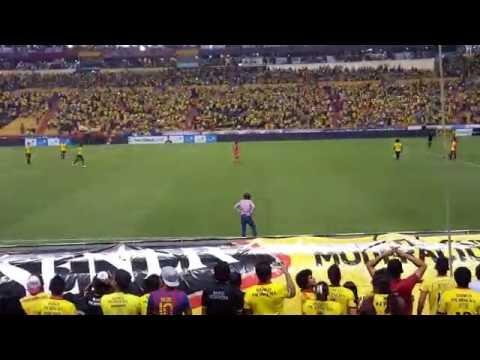 Oh amarillo vamos + El día viviré - Barcelona 1 - Nacional 0 ( 4k UHD )