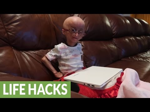 Adalia Rose's lazy life hacks