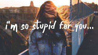 Tate McRae - stupid (Lyrics)