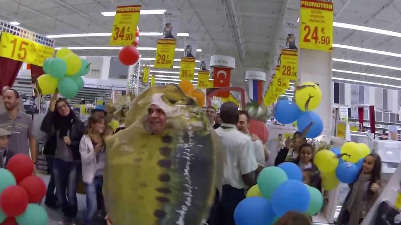 les sardines de leroy merlin vourles font une danse de l 39 paule youtube. Black Bedroom Furniture Sets. Home Design Ideas