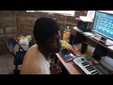 Chief Keef And DJ Kenn In The Studio 2011