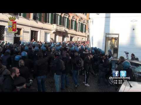 "Romeinse Politiebeelden van ""I Barbari"", voor AS Roma - Feyenoord"