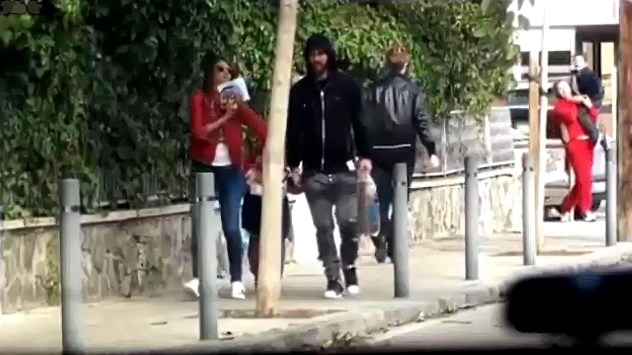 Messi walking streets of Barcelona with wife and son after ...