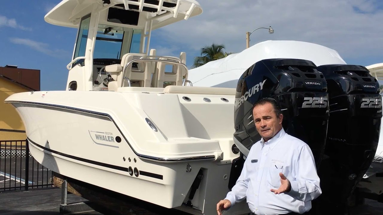 2017 Boston Whaler 250 Outrage Boat For Sale at MarineMax Naples