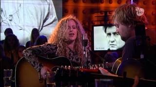 Tim Knol & Lea Kliphuis - Girl from the North Country (Live in DWDD)