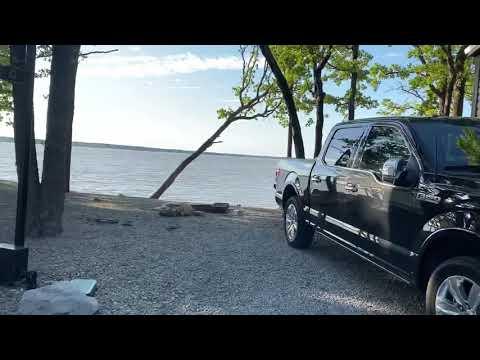 Lake Texoma Cabin (Inside Tour)