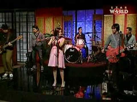 MOCCA @ Asia Uncut, STAR World TV - Part.1