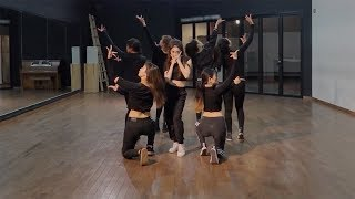 Download lagu CHUNG HA Roller Coaster Dance Practice