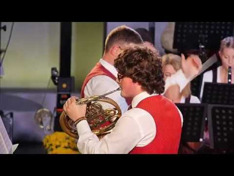 Bayer. Wald: Quirin Maier spielt das Wald-Horn Solo aus Rondo von W A  Mozart