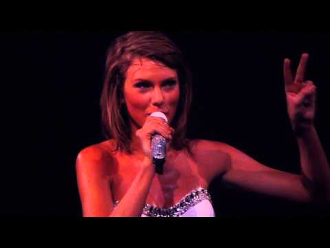 Taylor Swift - Speech about fans and friendship in Montréal (07/07/15)