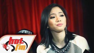 SANDRA - HEY KAU (LIVE) - Akustika Hot FM - #HotTV