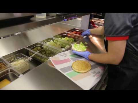 Как делают воппер в гродненском Burger King