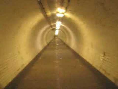 (JONA LEWIE) Greenwich Foot Tunnel