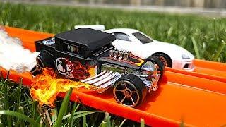 Hot Wheels Hot Rod Vs Supra!