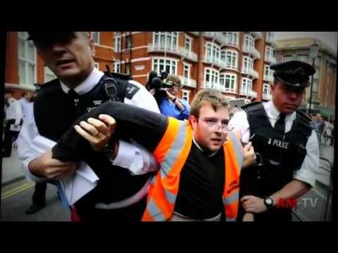 Anonymous: Free Julian Assange