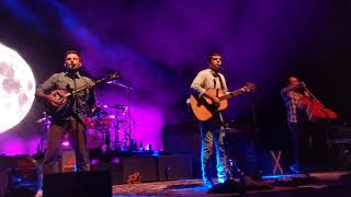Gambar cover The Avett Brothers - Love Like The Movies - 10.3.19 - Oakdale Theater - Wallingford, CT