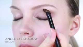Nicci Welsh angle eye shadow Thumbnail