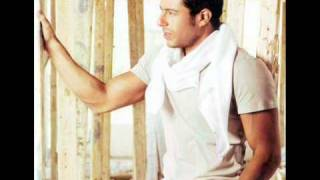 Mohamed Hamaki-Ana law azeto English subtitles on screen and Lyrics