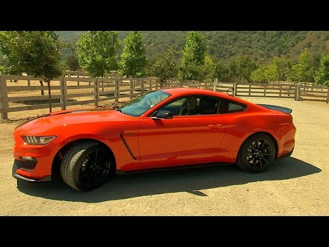 On the road with the 2015 Ford Mustang Shelby GT350 (On Cars)