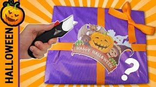 Abriendo Caja Sorpresa de Halloween 📦❓   Caja Misteriosa   Halloween con Mike