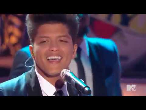 Bruno Mars  Valerie Tribute to Amy Winehouse