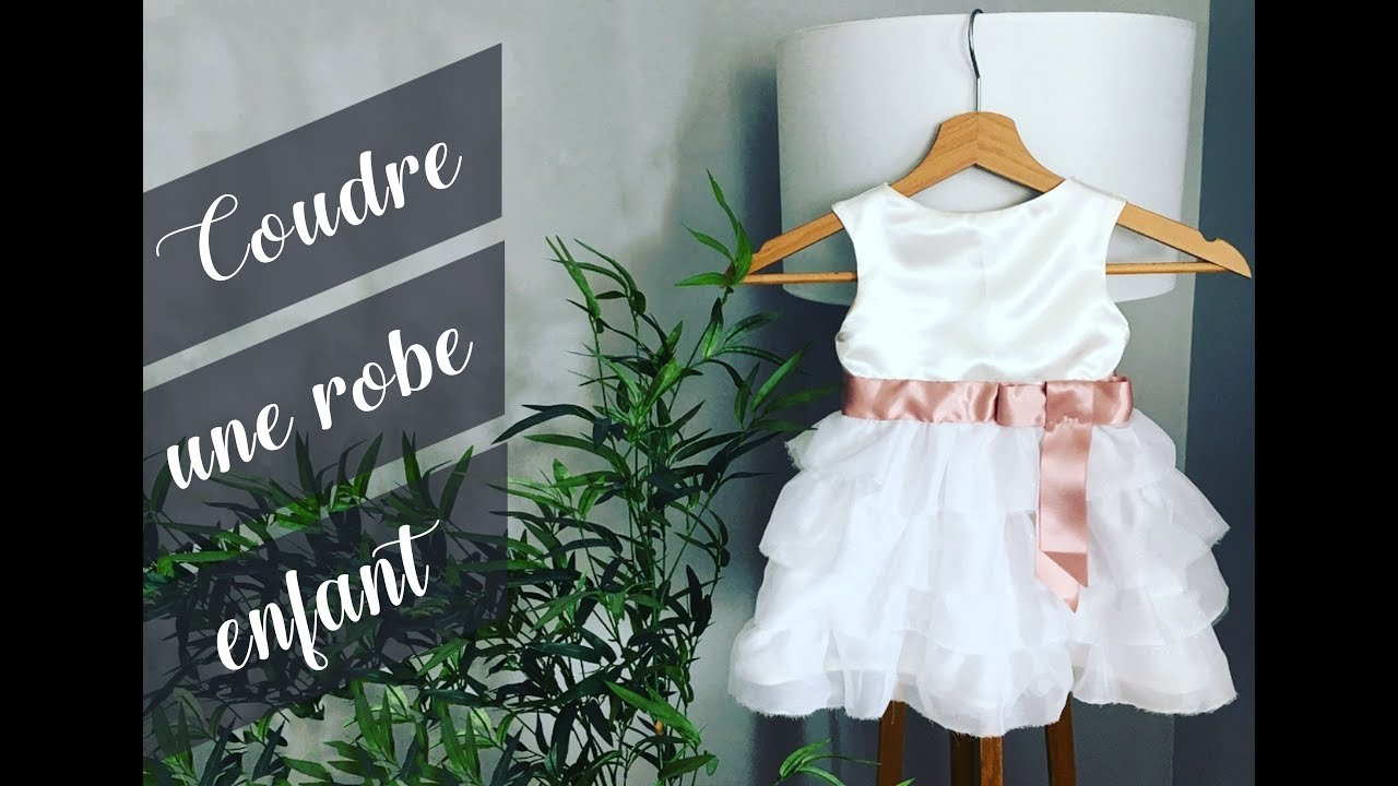 Coudre une robe d 39 enfant tuto couture youtube for Couture a fronce