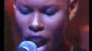 Skunk Anansie - Weak (acoustic and live)