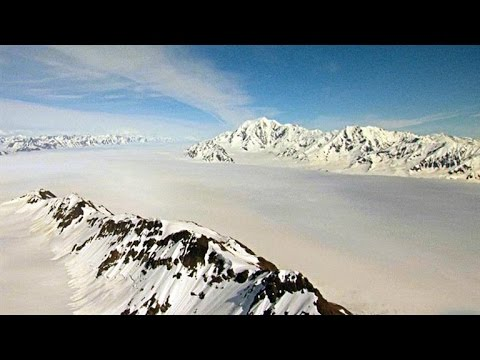 Breathtaking Views of the Largest Glacier in North America