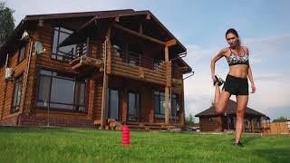 Как лучше покрасить деревянный дом ?