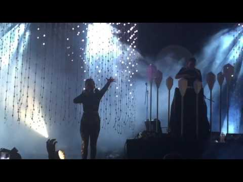 Purity Ring- Fineshrine- Coachella 2016 Live