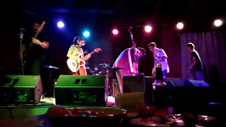Bakit pt. 2 performed by Mayonnaise @ 12 Monkeys Music Hall & Pub E...
