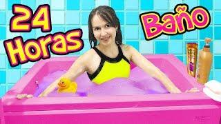 24 HORAS en el BAÑO! | Tengo baño AUTOMATICO!!!!! | Juega con Adri thumbnail