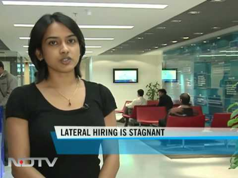 Overall staff addition still stagnant in IT sector