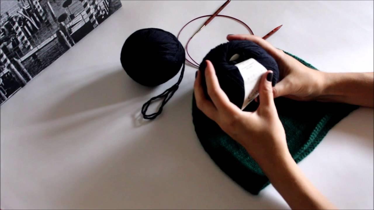 Шапка-бини. Вязание по кругу. Шапка без швов. Шапка спицами для начинающих. Подробный видеоурок.