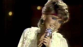"Solid Gold / Olivia Newton-John, ""Make A Move On Me"""