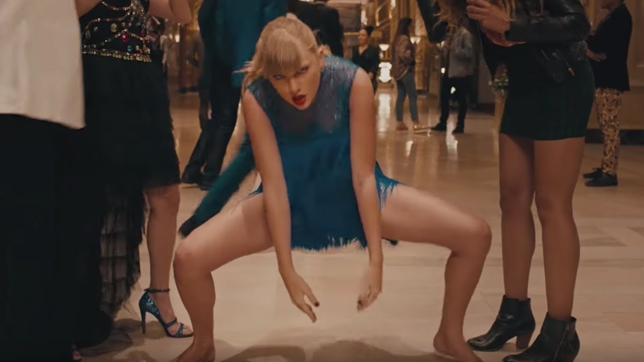 Small Details You Missed In Taylor Swift's Delicate Music Video