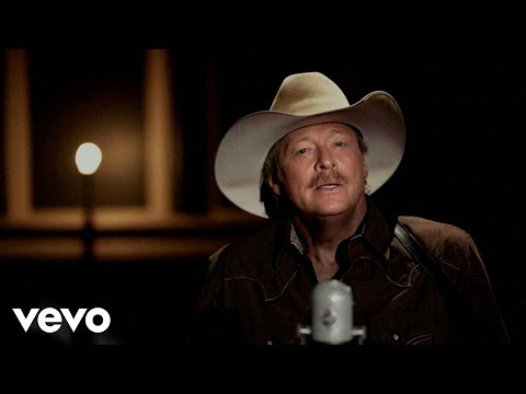 "Southern Gospel Video of ""Amazing Grace"" by Alan Jackson [Live]"