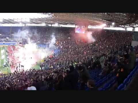 ROMA - LAZIO 2-0 - LIVE PRIMO GOAL DI FRANCESCO TOTTI - DERBY 13/03/2011