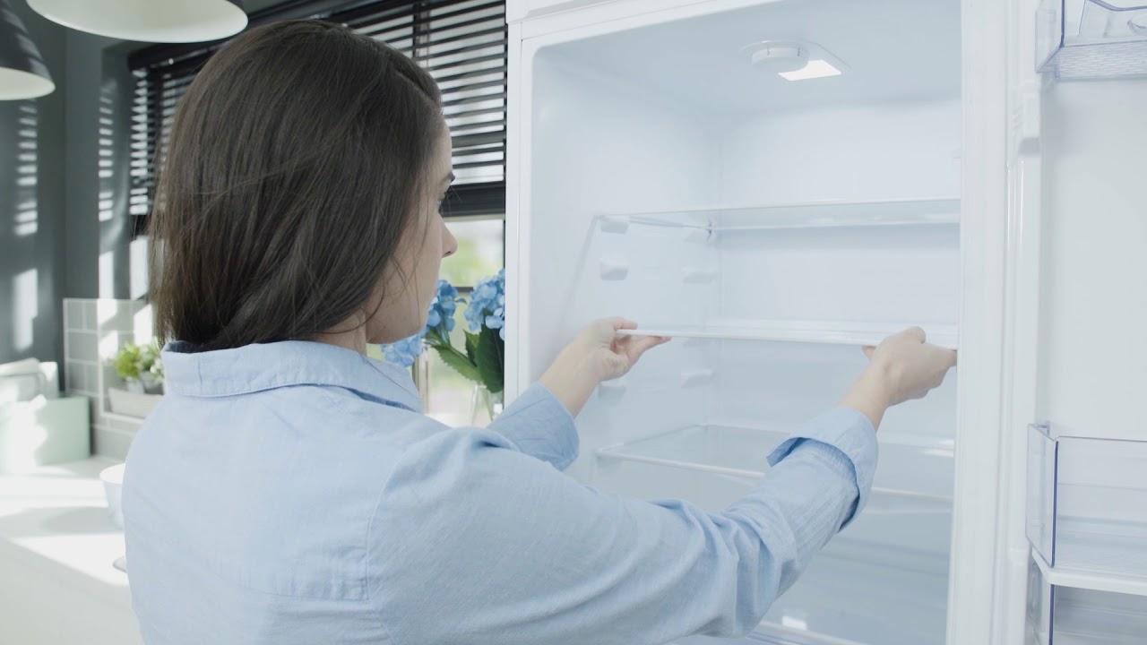How to remove unpleasant smells and odours from your fridge