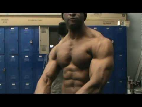 4 Minutes PEC - BOUNCE  Perfectly Formed Chest,well-developed ABS,subscribe His Channel SkippyPodar
