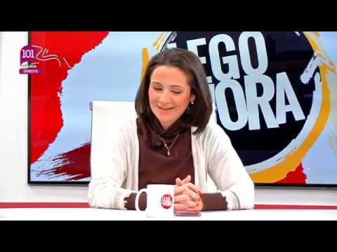 Alejandro Carballo participa con Tina Villena, A. Caracuel y Paco Conejo en la tertulia política