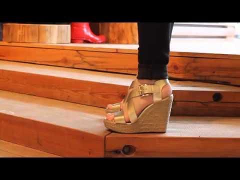 Michael Kors - Giovanna Wedge Sandal In Gold