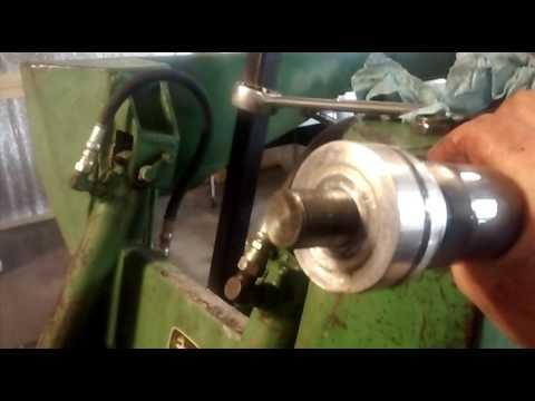 Rebuilding The Hydraulic Cylinder On Skidsteer